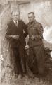 K. Nāckalns ar vācu virsnieku pie